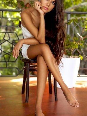 מרינה היפה נערות ליווי
